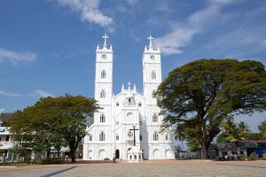 Vallarpadom_Church